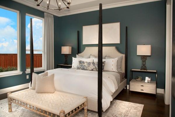 Deep Rich Green Shade for Master Bedroom